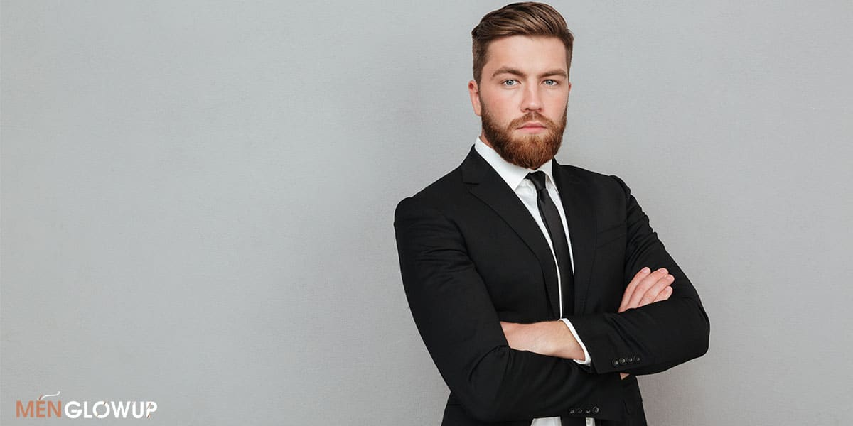 7 Things Men Should Avoid Wearing To an Interview